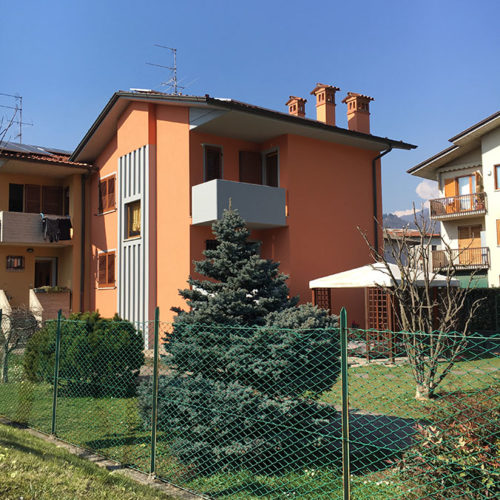 Ristrutturazione delle facciate esterne e rifacimento del colore | Tinteggiaure balconi e gronda | Tinteggiature Gritti Mattia